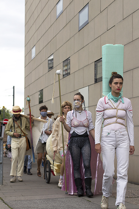 Anzeigefehler - Prozession 2020 ©Selin Acarbas